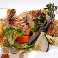 飯笹シェフの選び抜いた野菜、魚介、肉と技術のスペクタクル
