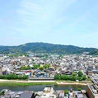 地上60メートルから、東山が一望できます