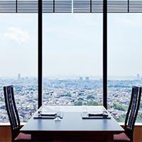 会食、接待ができるテーブル個室、掘りごたつの個室、お寿司カウンターあり
