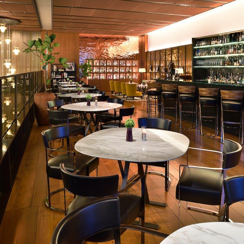 【Il Bar 豪華Wメイン付ディナー】全5品+乾杯フランチャコルタ(10階 イル・バール)