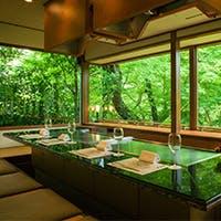 ステーキカウンターですが淀川邸自慢の前菜、造りから始まるコースもございます