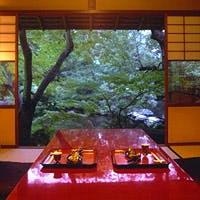 お顔合わせやご結納、そしてお茶室として…『残月の間』は最適なお部屋です