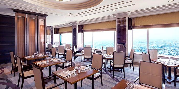 記念日におすすめのレストラン・皇苑/横浜ロイヤルパークホテル 68階の写真2