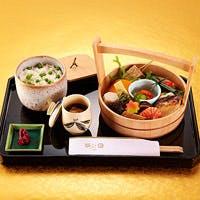 こだわり映える旬味の彩りに心を結ぶ和みの京料理