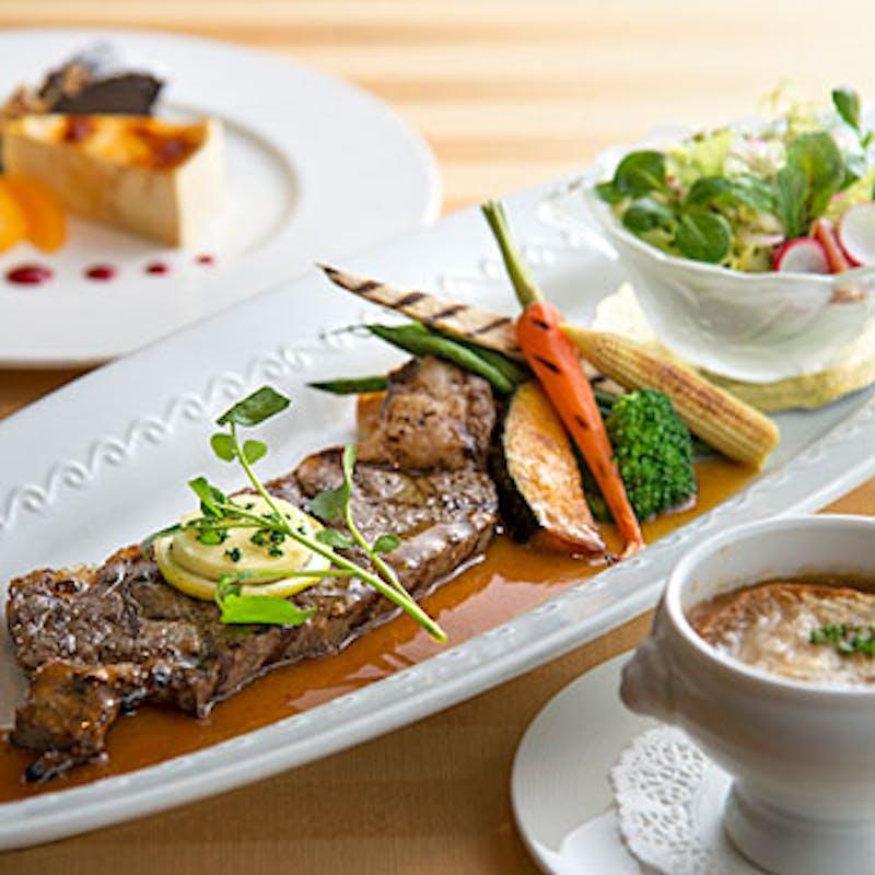 【セゾンランチ】お魚お肉の選べるメインなど全6品+ソフトドリンク1杯(土日祝価格)