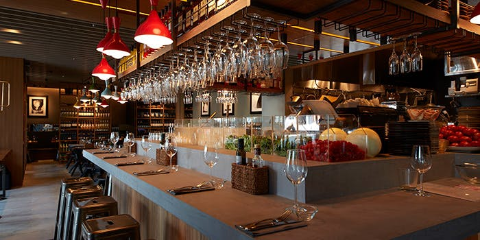 記念日におすすめのレストラン・オービカ モッツァレラバー 六本木ヒルズ店の写真1