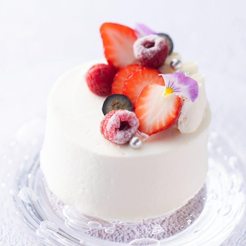 【記念日プラン】ケーキに添えたメッセージに想いを込めて(選べるメインなど全4品)