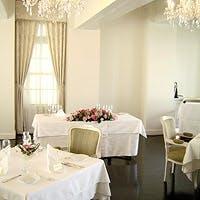 レトロモダンな雰囲気でアットホームなレストランウェディングも