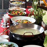 人気料理から旬のお料理まで豊富なメニュー