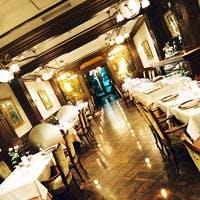 中世の雰囲気をそのままに再現したヨーロッパ風の一軒家レストラン
