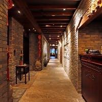 「全聚徳 銀座店」には、日本で唯一の北京ダックの石釜がございます