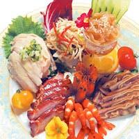 伝統的上海料理からオリジナルメニューまで素材を活かした料理を取り揃えております