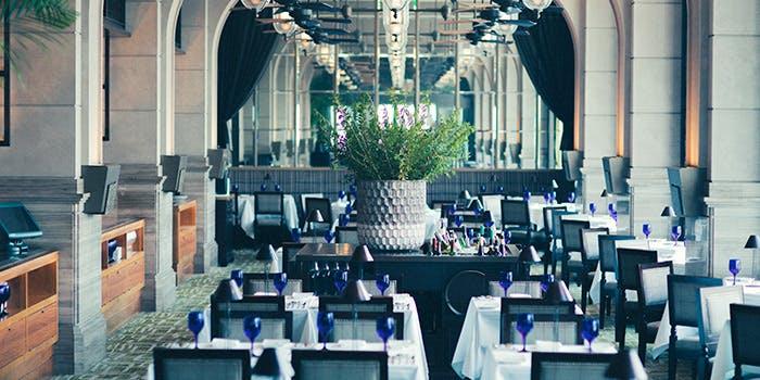 記念日におすすめのレストラン・メインダイニング バイ ザ ハウス オブ パシフィック/オリエンタルホテルの写真1