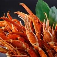 冬はカニ!身が詰まったボイル蟹を山盛りで。通常のビュッフェにカニが含まれてお得に幸せ倍増!