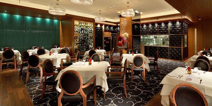 記念日におすすめのレストラン・リストランテ カノビアーノ 福岡の写真1