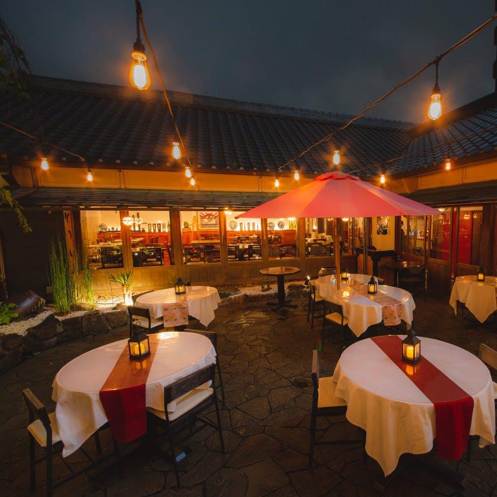西麻布交差点のランドマーク 蔵をイメージした一軒家レストラン