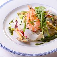 ヨーロッパでも高い評価を得ている「ジャパニーズイタリアン」の真髄を味わえる季節料理