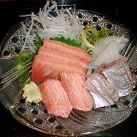 魚の旨さを最大級に引き出す為、刺身・焼く・煮付・揚げる、調理法は至ってシンプル