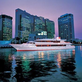 【ディナーブッフェ×クルーズ】食後はフリードリンク付きのクルージングで東京湾の夜景を堪能