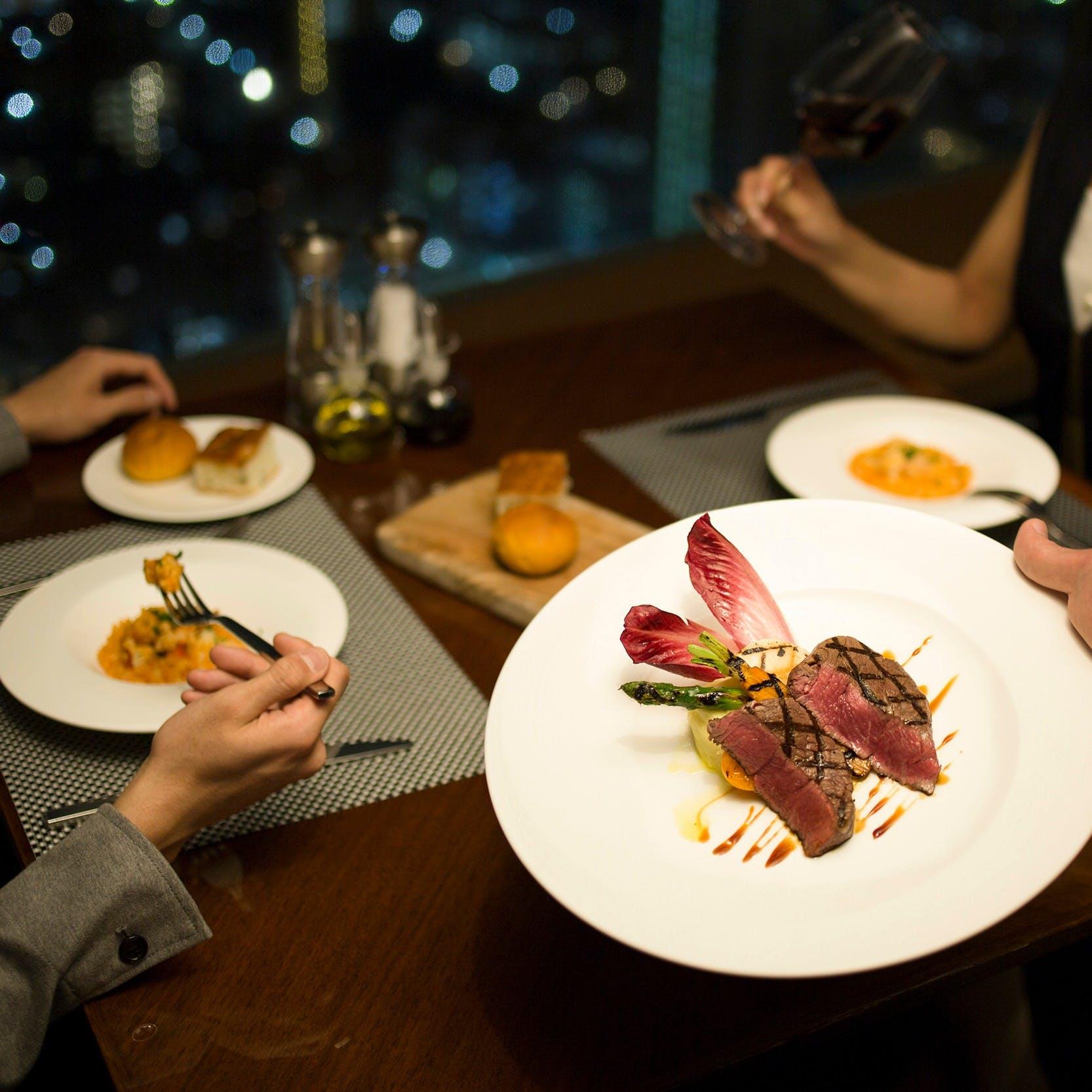 神戸ビーフなどの地元食材にこだわった本格イタリアンコース