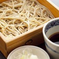 旬の京料理に自慢の天麩羅、しめくくりは毎日店内で打たれる手打蕎麦