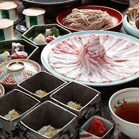 東京西麻布の大人の街に、京都の料理店。全室個室で京都で大人気の出汁しゃぶを是非