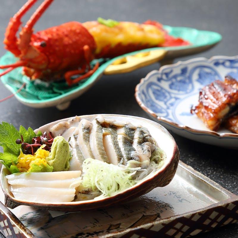 【特選懐石 寿をアップグレード】伊勢海老、鮑、天然鰻などを使った全9品(個室確約)