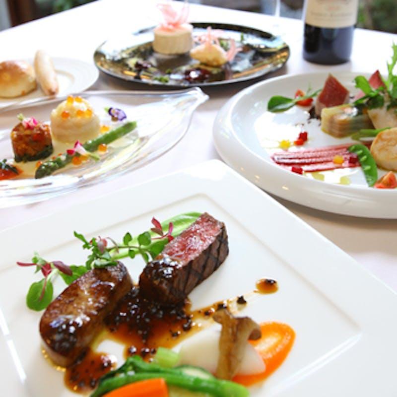 【ムニュ プレジール】小前菜、前菜、選べるスープと魚&肉料理、デザートなど全6品
