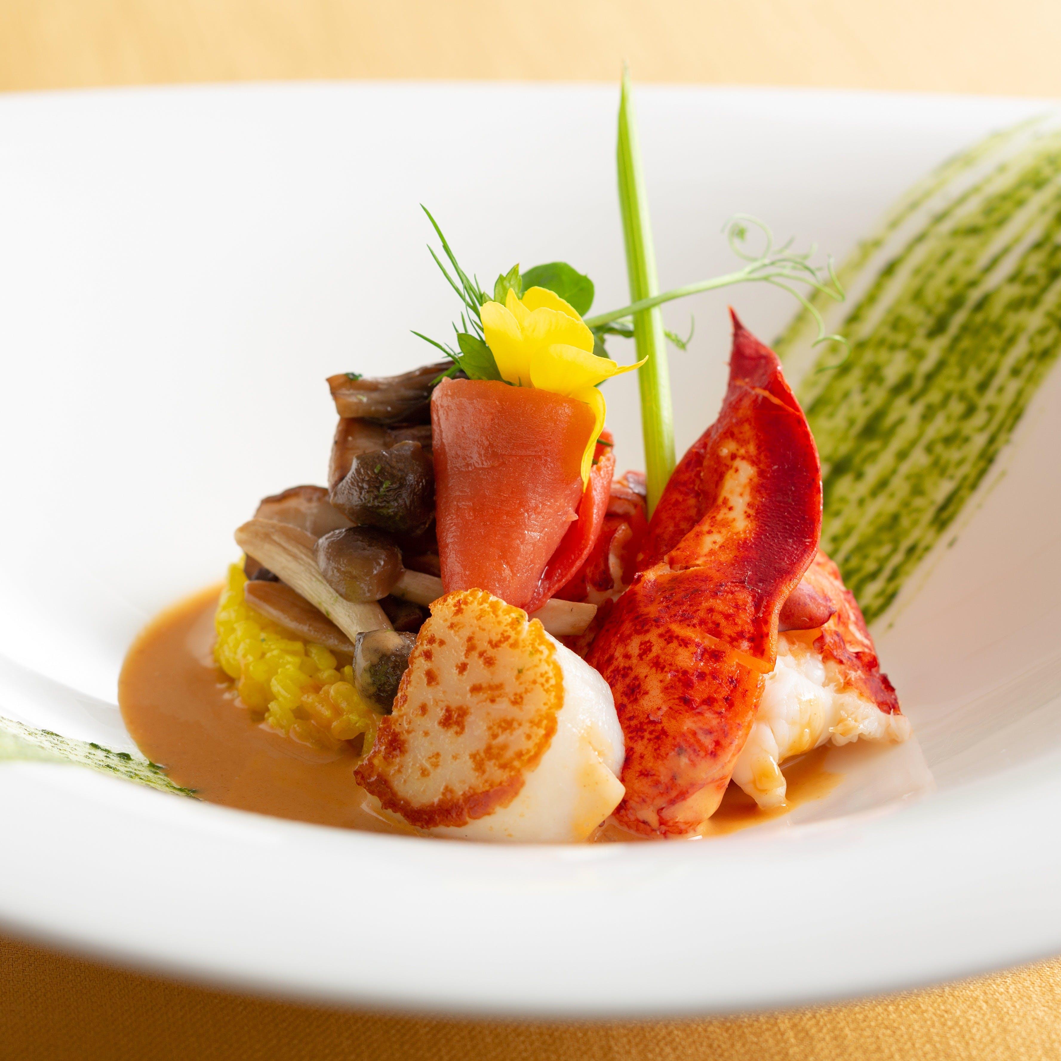 旬素材の持ち味を生かし、ヘルシーで美しいお料理の数々