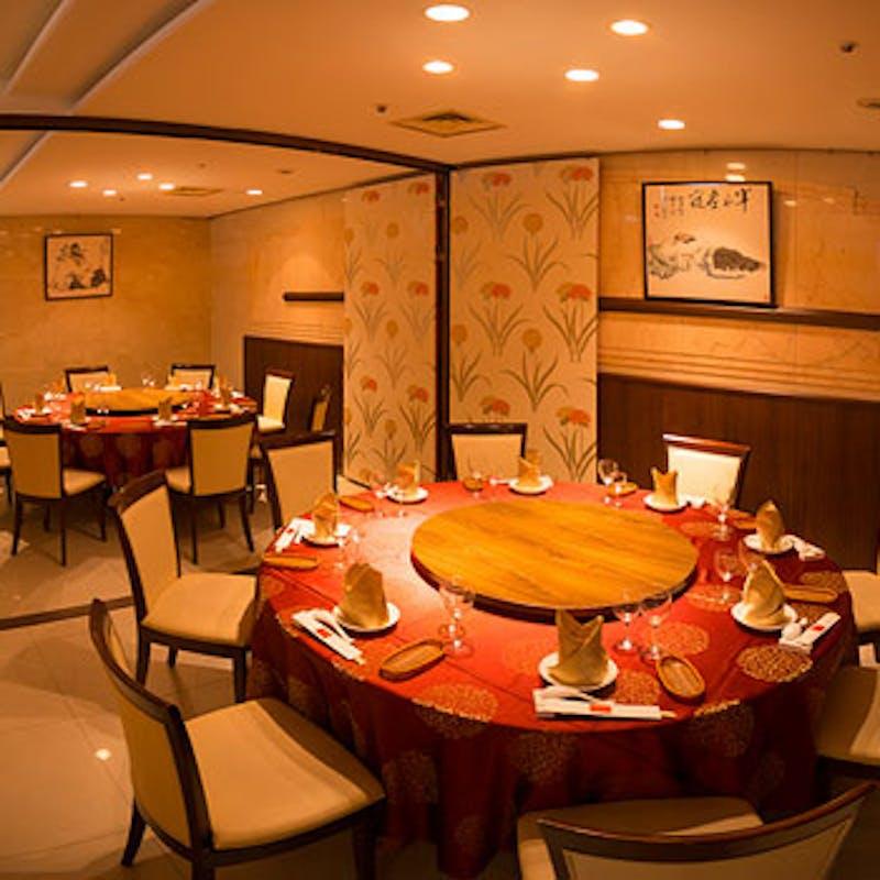 天津飯店コース フカヒレスープや北京ダック等全8品+3時間飲み放題(個室確約)