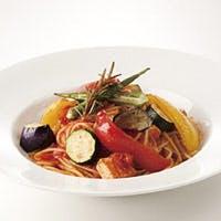 クラシックなイタリアンを得意とし、食材同士の相乗効果を引き出す鈴木シェフ