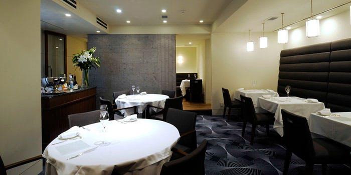 記念日におすすめのレストラン・Remerciements OKAMOTOの写真1