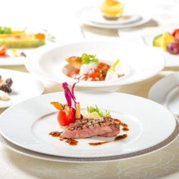 【シェフのお任せコース】魚介類の1皿&シェフ厳選黒毛和牛の1品の豪華Wメイン!デザート、食後のカフェ付