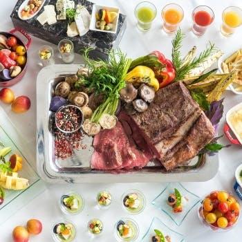 【ローストビーフランチ×日曜】ベジタブルビュッフェとメインディッシュを3種類から1品