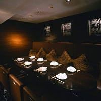 ニューヨークのレストランをイメージした空間は大人が通う都会の溜まり場
