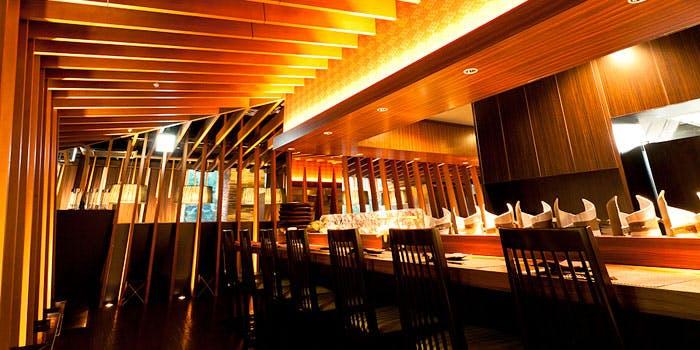 記念日におすすめのレストラン・するり 新宿本店の写真1