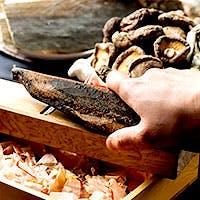 一流料亭出身の職人による素材を活かし丁寧に仕上げた創作絶品和食の数々