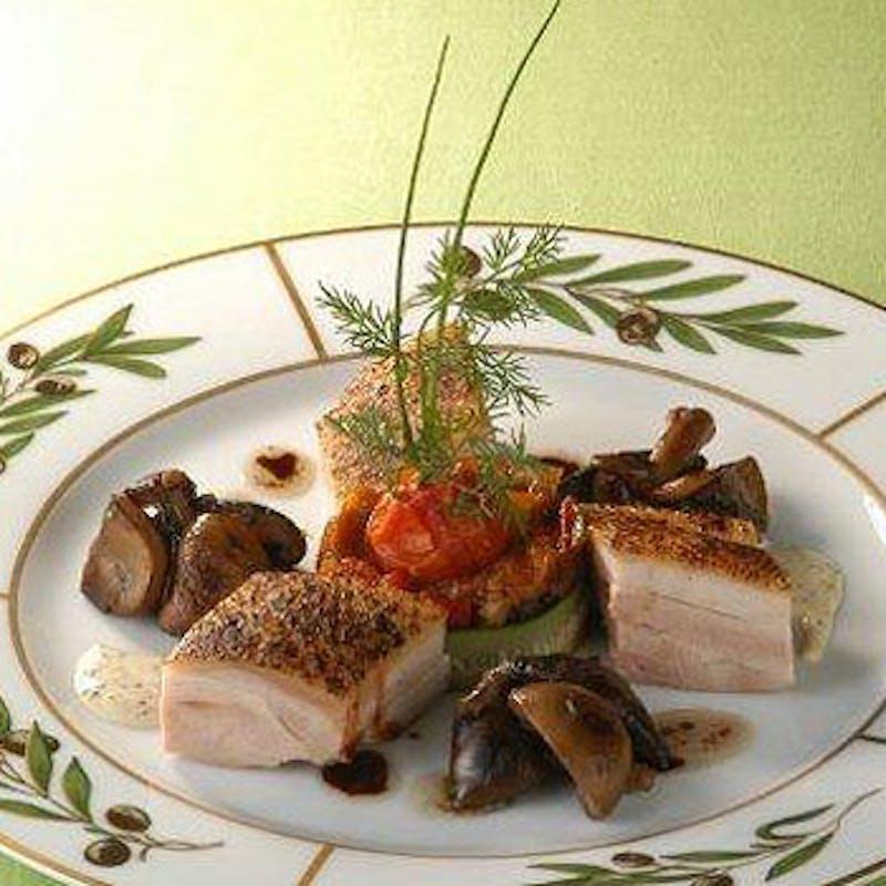 【ルーヴル】肉&魚のWメイン デザートなど全5品