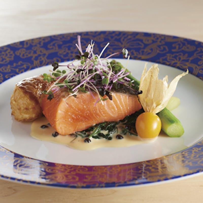 【ストラスヴァリウス】フォアグラ 魚 メイン料理などシェフお任せフルコース 全6品