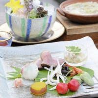 130年の歴史を持つ由緒正しい料亭旅館「鮒鶴」の伝統を汲んだ京料理