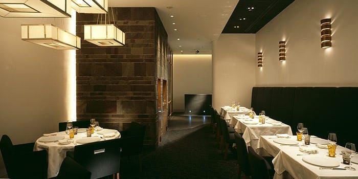 記念日におすすめのレストラン・エディション・コウジ シモムラの写真1