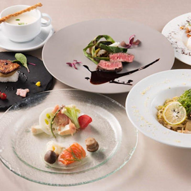 【スペシャリティコース】フォアグラ寿司・国産牛等全6品+乾杯スパークリングワイン(テラス席確約)