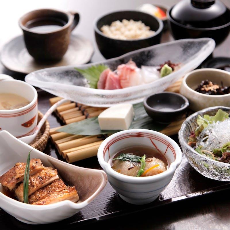 【竹の庵膳】竹の庵定番人気御料理 全11種+ブランド野菜天ぷら+スパークリング含選べる1ドリンク