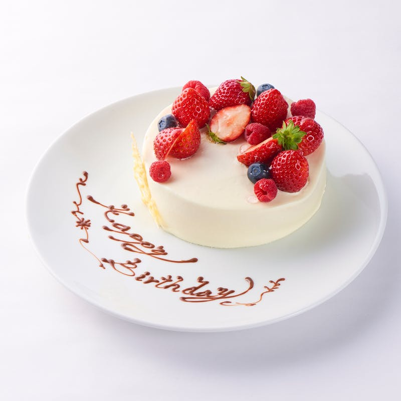【記念日×個室選択可】パティシエ自家製ホールケーキアニバーサリーコース+乾杯ソフトドリンク