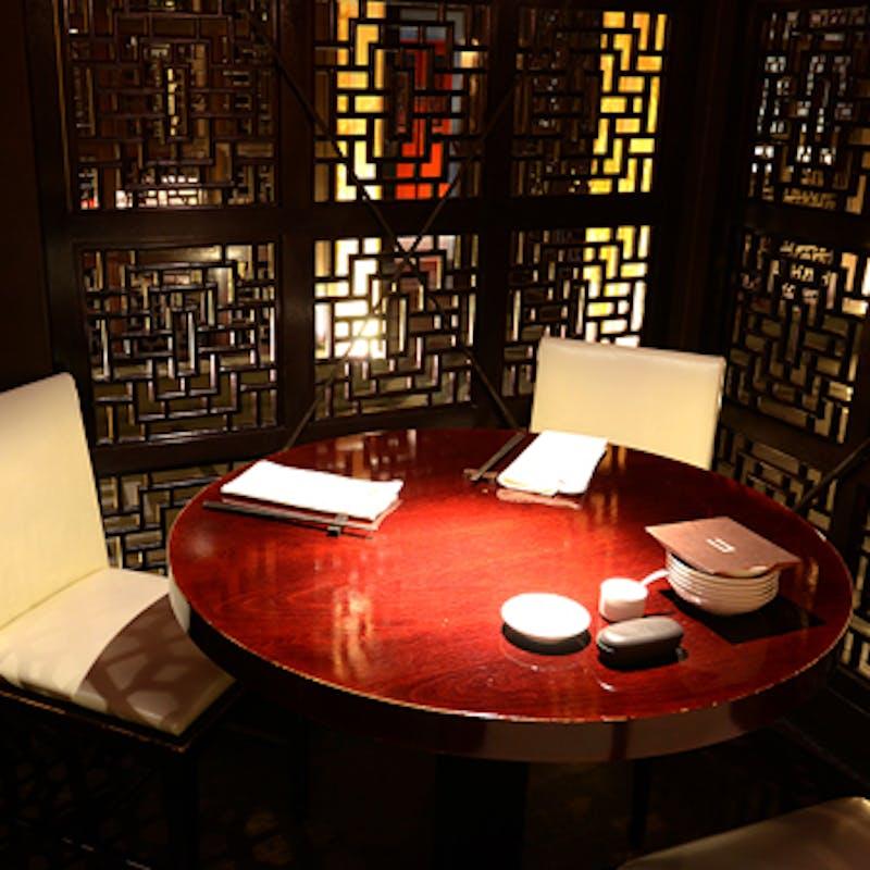 中国大陸コース フカヒレスープ、水餃子、大海老のチリソースなど全7品+ノンアル飲み放題