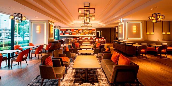 記念日におすすめのレストラン・マイプレイス カフェ&バーの写真1