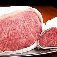 特選黒毛和牛や全国から厳選した食材をイタリアン、鉄板焼きでどうぞ。