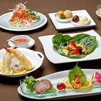 カジュアルに楽しんで頂ける数々のコース 新鮮な食材、食感をお楽しみ下さい