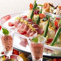 ご家族でのお食事、記念日、お誕生日と多種多様な目的にてご利用いただけます。