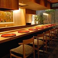 古都の趣など本物の京都とともに、新しい京都の味をお楽しみください
